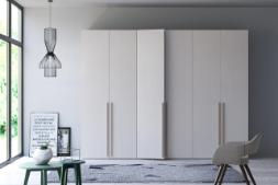 Міні гардеробні, мінімалістичні шафи у дизайнерському інтер'єрні